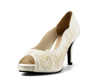 Items similar to Cranberry, Champagne Wedding Heels, Champagne ...