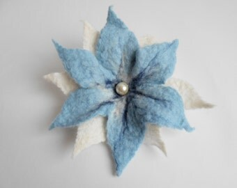 Felted flower brooch, (baby blue)  baby blue flower brooch, gift idea, felted flower, felt flower brooch, felt brooch, flower brooch