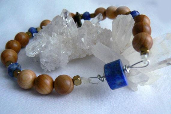 Raw Lapis gemstone stretch bracelet. Gemstone jewelry. Unisex stretch wood gemstone bracelet. Wire wrapped blue stone bracelet. Women gifts