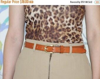 ON SALE 90's vintage women's brown leather belt