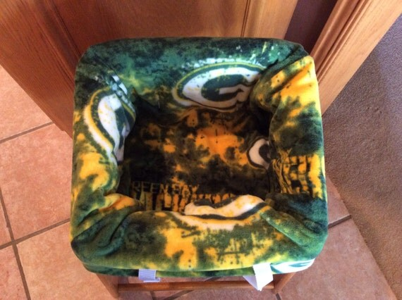 restaurant highchair seat cover green bay packers. Black Bedroom Furniture Sets. Home Design Ideas