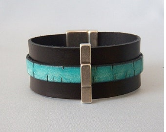 Tiered Black and Turquoise Bark  Leather Bracelet