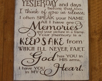 In Memory Wood Sign Distressed Wood Sign Wall Decor Wall Art Shabby Chic I Thought Of You God Has You In His Arms I Have You In My Heart