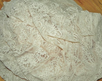 "Fabric Yardage Off-White Floral Lace Remnant 127"" x 80"" - Vintage"