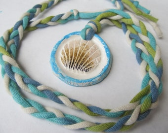 Necklace Shell Pendant Ceramic Blue, White, Green, Brown Beach T-Shirt Jewelry