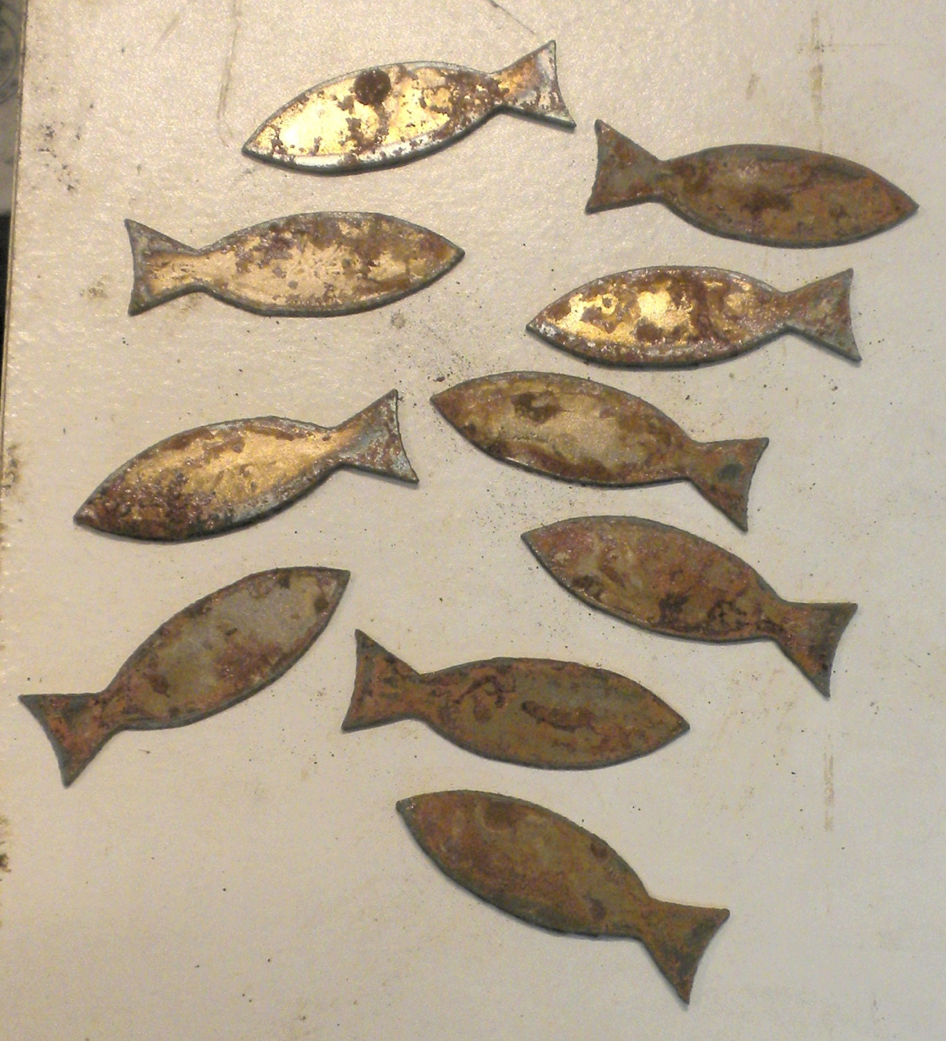 Metal garden wall art trellis black 163 29 99 this wall art is the - Lot Set Of 10 Fish Shapes Ichthus 2 Inch Rusty Vintage Antique Y Metal Steel Wall Art Ornament Craft Stencil
