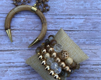 Tibetan Horn necklace and gold beaded set, agate beads, long necklace, horn pendant