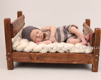 READY TO SHIP!!! Newborn Baby Toddlers photography prop hand made wooden bed prop