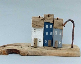 Three little houses on a Driftwood Base #377