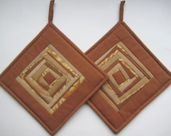 Brown Potholders Patchwork Pot Holders Quilted Pot Holders Quilted Potholders Padded Potholders Quilted Hot Pads  Set of 2
