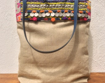 """Linen shopping bag with """"tribal"""" details"""