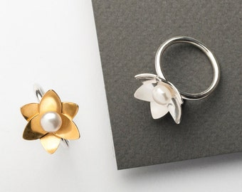 Daffodil Pearl Ring Large