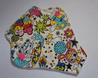 reusable cloth menstrual pad / panty liner / 'space age'