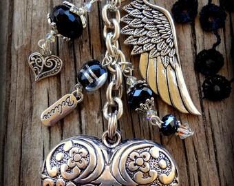 Silver Heart Hand Bag Charm; 4 Colours to Choose From; Angel Wing Bag Bling; Heart Hand Bag Dangle; Heart Bag Decoration; Australian Seller