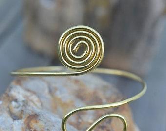 Spiral Arm Bracelet, Handmade Arm Cuff, Upper Arm Bracelet, Brass Armlet, Leaf Arm Band