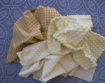 """Vintage Chenille Bedspread Fabric 3 pcs. 18""""x24"""" Pops Morgan Jones Pale Yellow Pops Buttonhole 36-6"""" Sqrs...(s3)"""