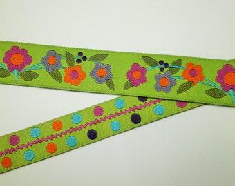 """1 m Woven Ribbon """"Happy Flowers III / Dots"""" 16 / 22 mm w. green"""