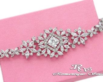 Bridal bracelet, Crystal cuff bracelet, Rhinestone bracelet, Wedding jewelry, Bridal jewelry, Wedding accessories, Wedding bracelet B0190
