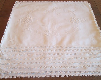 8 Vintage White Linen/Cotton Eyelet, Cutwork and Lace Placemats