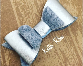 8cm double bow in grey and silver