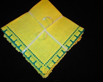 10 Sunshine Yellow Large Napkins