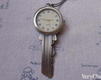1 PC Antique Bronze Key Pocket Watch Pendant 43x104mm A7195