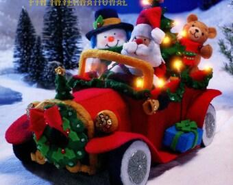 Bucilla Santa's Vintage Car Felt Christmas 3D Home Decor Kit #85329 With Lights DIY