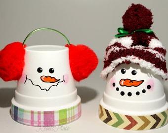 Snowmen/terra cotta pot/Christmas Decoration/Snowmen decor/Christmas snowmen