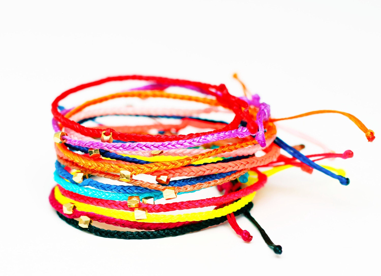 braided string bracelets - photo #26