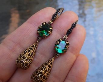 Green ~ Renaissance Earrings ~ Emerald Green ~ Vintage Style ~ Earrings ~ Swarovski Crystal ~ by LadyoftheLakeJewels