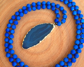 Blue Agate Slice Necklace, Beaded Blue Agate Necklace, Blue Agate Slice Pendant, Beaded Necklace, Beaded Agate Necklace, Yoga Jewelry