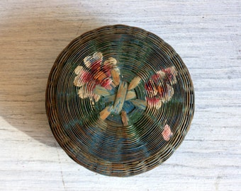 Hand Painted Woven Round Basket with Cover : vintage antique