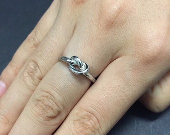 Size 6, Vintage sterling silver handmade wired ring, 925 silver band, stamped Sterling