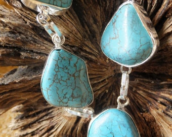 Gorgeous Sterling Silver and Turquoise Necklace