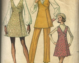 Simplicity 8915    Misses Mini Jumper or Tunic and Pants    Size 8    C1970