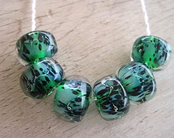 Glass Lampwork 6 Silvered Green Speckled Glass Bead