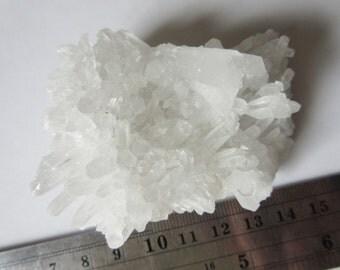 Cristal Quartz Rough Cluster Natural Stone Mineral 65mmX40mmX30mm N.1005