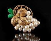 Antique Art Nouveau Apple Green Jade Pearls 14k Gold Grape Pin Brooch