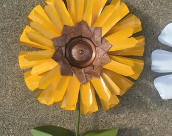 Recycled Metal Flower Garden Sunflower, Aluminum, Yard Art, Lawn Stake