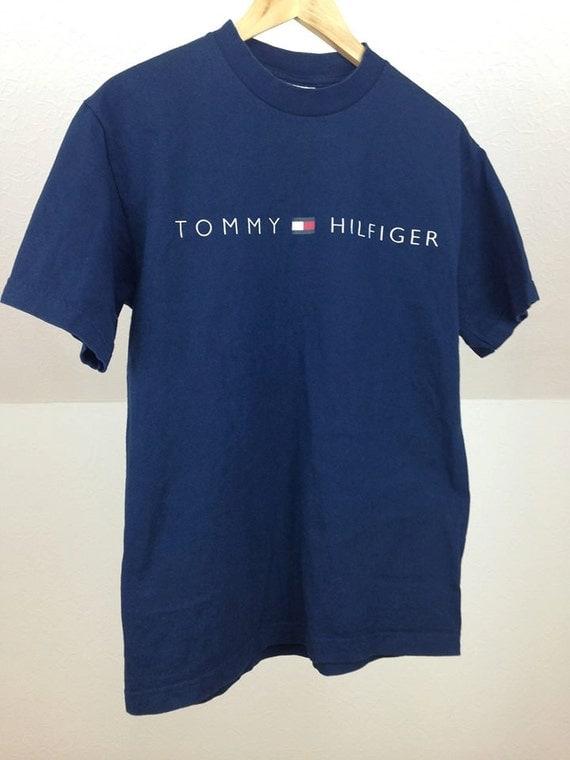 Tommy hilfiger t shirt size m for Tommy hilfiger shirt size