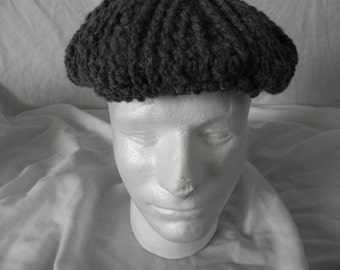 Cabled men's golf cap