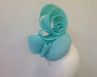 Fascinator hat race day ascot pastel aqua blue modern headpiece Kate Middleton style Kentucky Derby Melbourne Cup handmade modern elegant