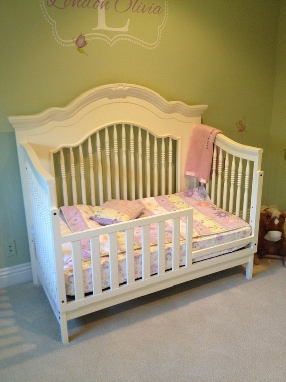 sold 4 in 1 bed crib toddler day bed full bed 15086 | il 570xn 857791413 iulv