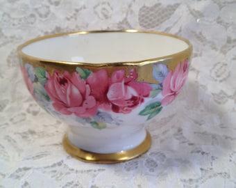 "Royal Standard Fine Bone China, ""Rose of Sharon"", Sugar Bowl. Footed Sugar Bowl with Gold Trim."