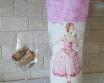 Quilted Graceful Ballet Dancers Wine Tote Bag