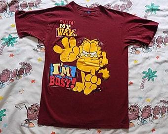 Vintage 90's Garfield T shirt, size Medium Outta My Way I'm Busy!