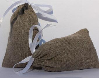 50 pcs ~ Drawstring linen bags - Taupe Grey linen bags - Rustic wedding favor - Wedding favor bags - French gift bags - Linen favor bag
