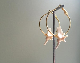 Rattlesnake Vertebrae Hoop Earrings-GOLD