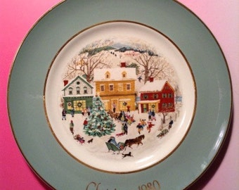 Country Christmas Avon Plate collectible 1980 Eighth Edition Sale!