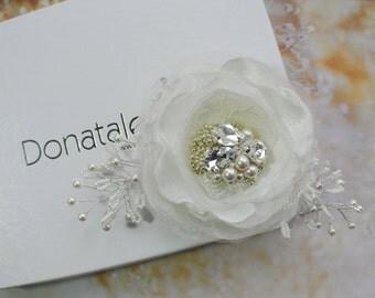Rustic Wedding hair flower -Wedding hairpiece - Wedding hair accessories-  Ivory  Champagne Beige  Hair Flower - FABRIZIA